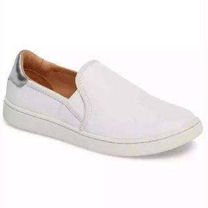 NIB UGG Cas white leather slip on sneaker sz 9.5